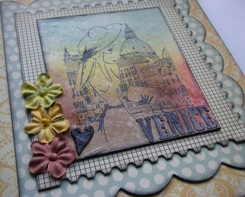 heart Venice holiday scrapbook album left slide