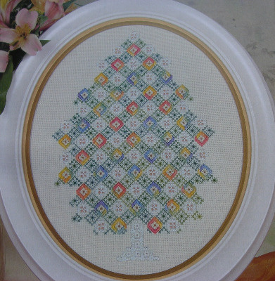 Hardanger & Counted Thread Christmas Tree ~ Embroidery Pattern