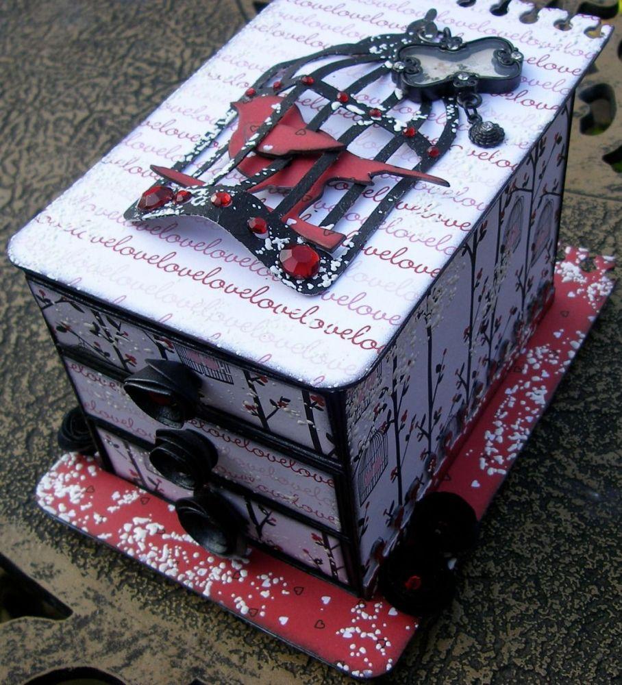 *love love love* OOAK Handmade Vintage Trinket Gift/Memory Box