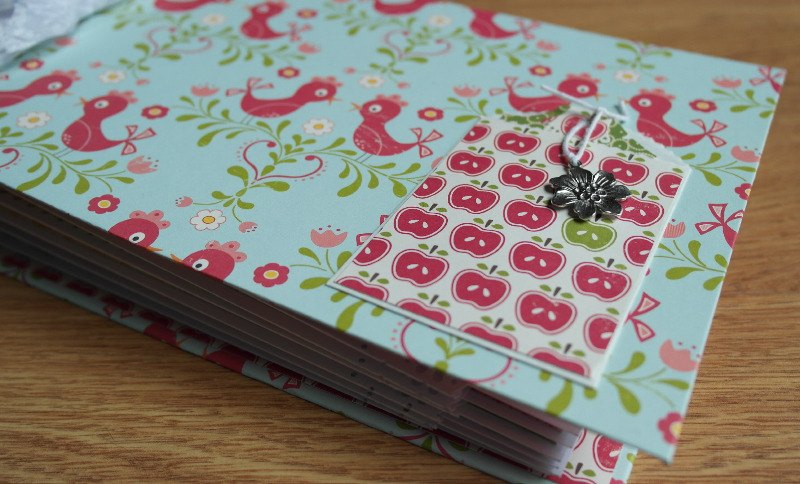 apples mini album pocket scrappykatzcraftbarn