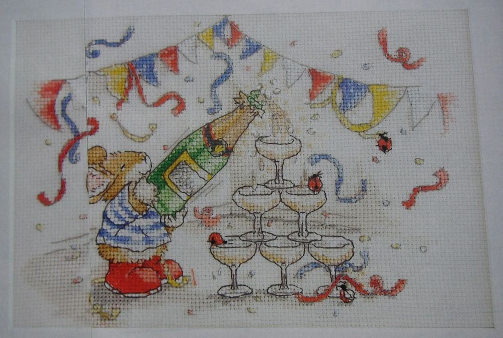 Country Companions: Tom Mouse Celebrating ~ Cross Stitch Chart