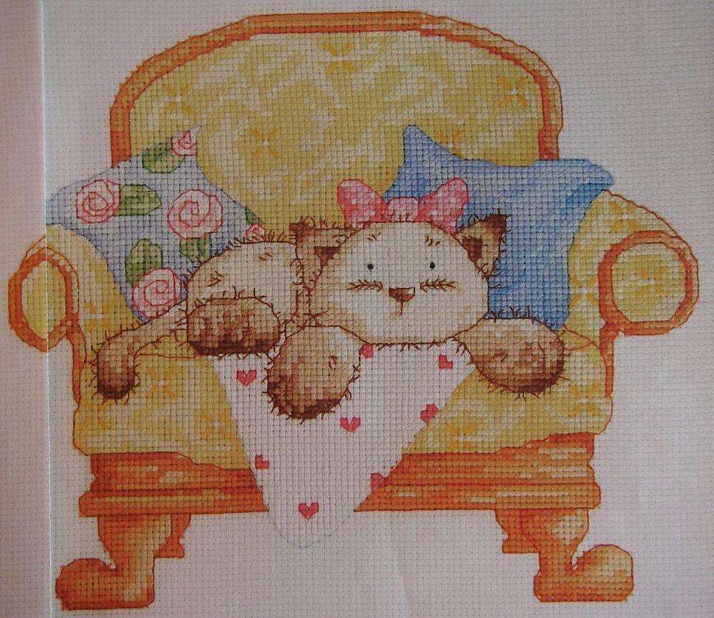 Helz Cuppleditch: Mimi Kitten on Sofa ~ Cross Stitch Chart