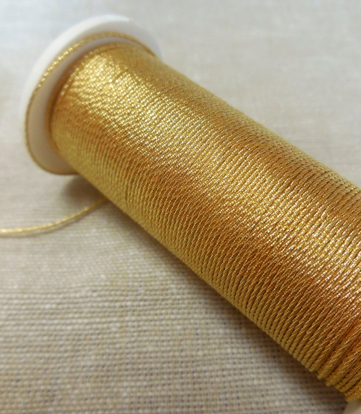Gilt Twist thread 1, 1m