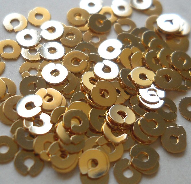 Spangles - gilt LB, 3mm. Qty 10
