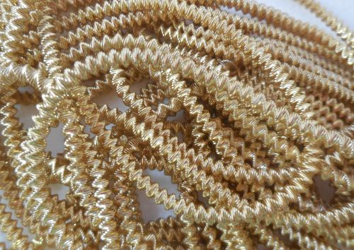 Large bright check purl, gold - 35cm