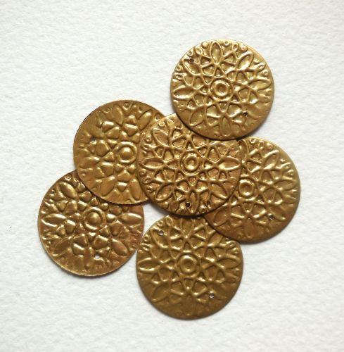 Metal Sequins, J - Large floral disc