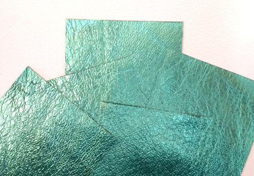 Leather squares, metallic finish - 10cm2 - Sea Green