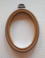 "Embroidery flexi hoop - Oval 2 1/2"" x 3 1/2"""