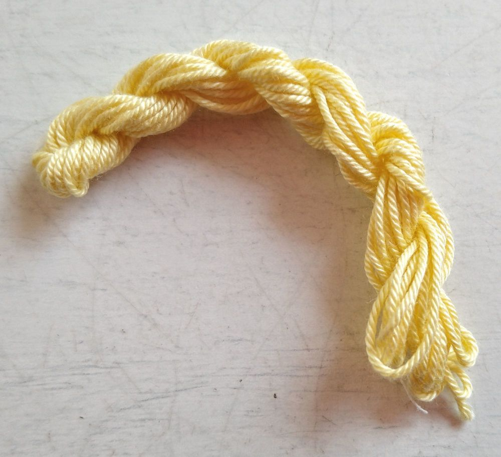 Soft string - Pale yellow