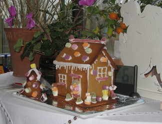 Lindas gingerbread house