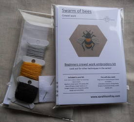 Bumble bee kit picture