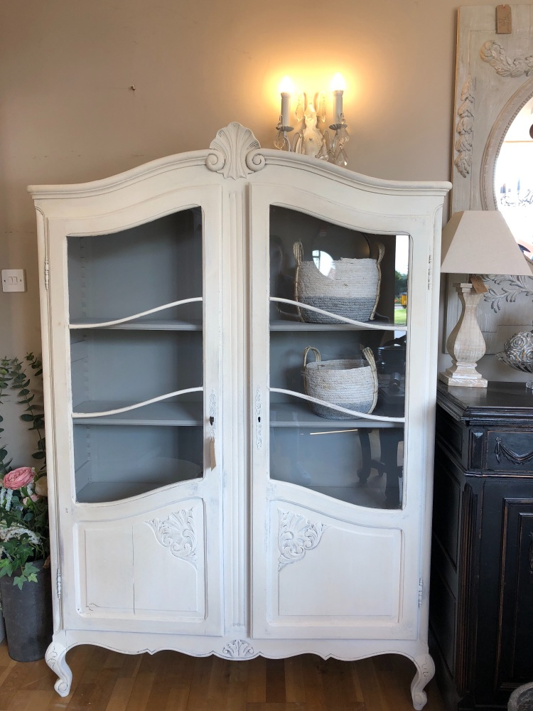 French painted Louis XV armoire - linen cupboard