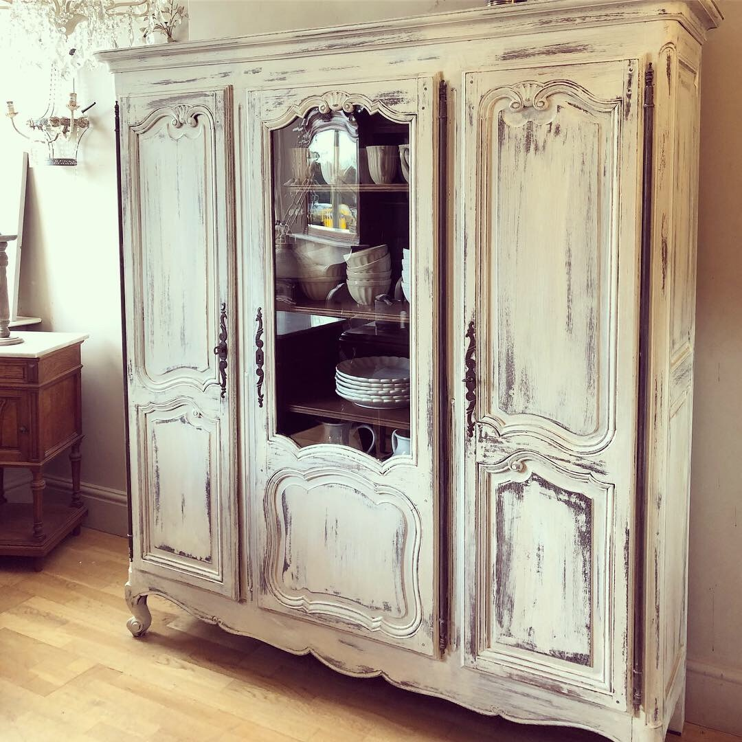 Painted oak French Bibliotheque in old white