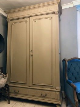 Armoire wardrobe - linen cupboard painted Artisan Tan