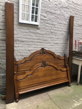 Kingsize French Oak Bed - Can be painted any colour