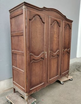 French 3 door louis XV Armoire