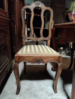 set of 6 French Louis XV dining chairs