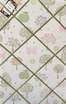 Large 60x40cm Laura Ashley Vertical Esme Apple Butterfly Green Ribbon Hand Crafted Fabric Notice / Pin / Memo / Memory Board
