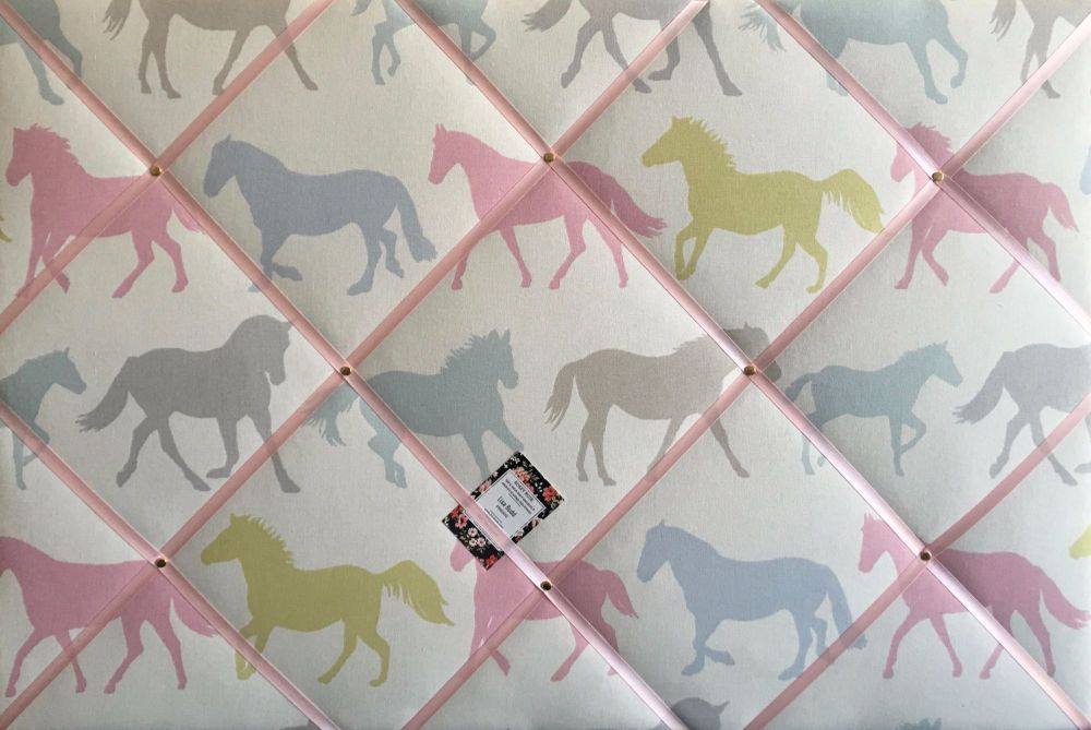 Large 60x40cm Clarke & Clarke Stampede Sorbet Horse / Horses Hand Crafted F