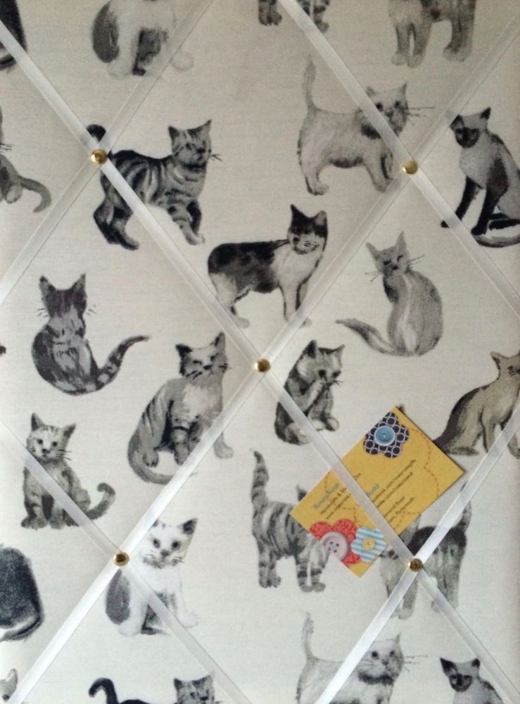 Medium 40x30cm Prestigious Cool Cats Hand Crafted Fabric Memory / Notice /