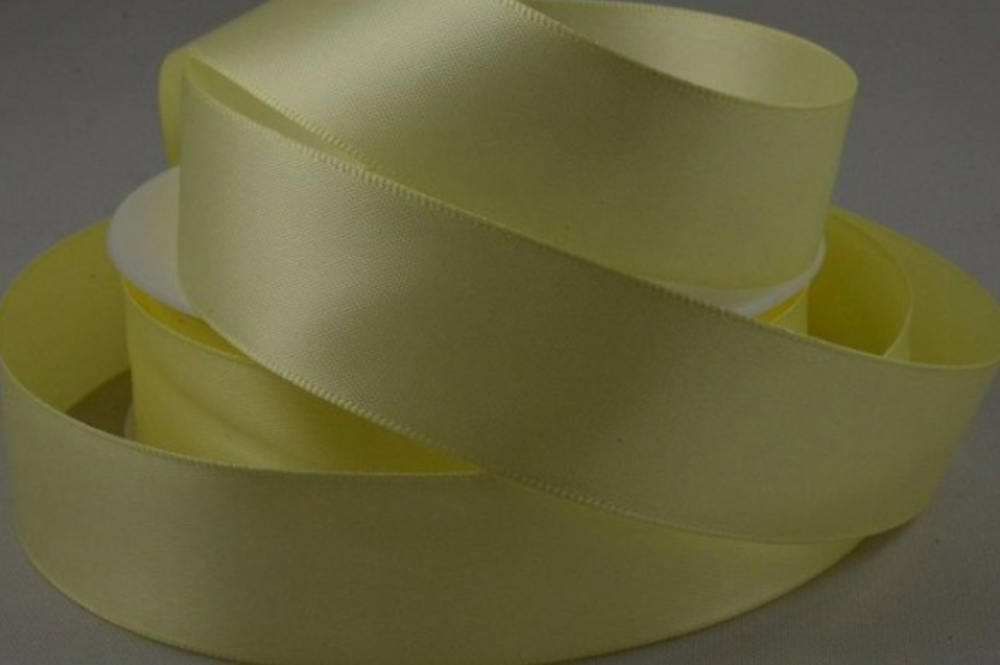Double Sided Satin Ribbon 7mm 25 Metre Reel Or By The Metre in Light Yellow