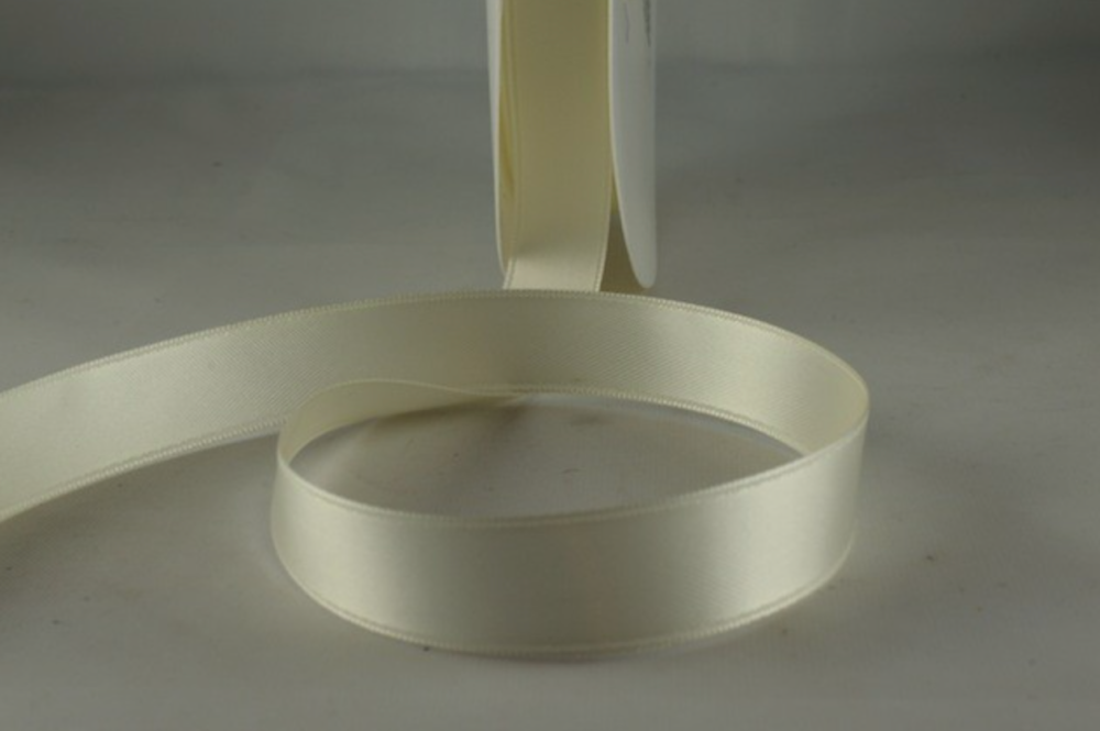 Double Sided Satin Ribbon 7mm 25 Metre Reel Or By The Metre in Eggshell 50