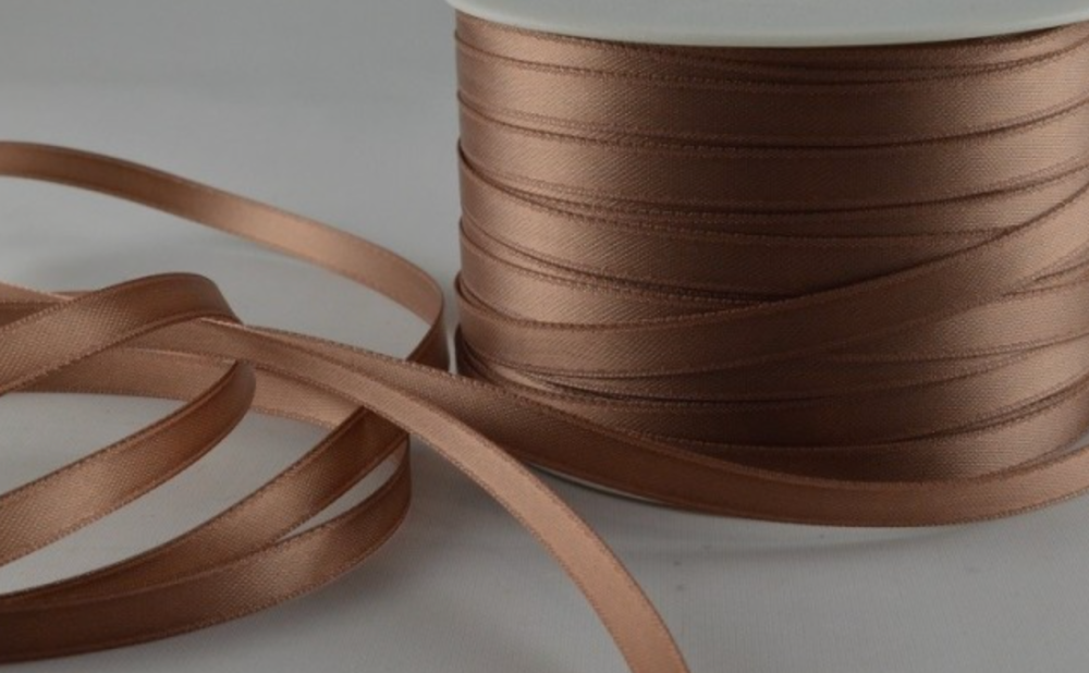 Double Sided Satin Ribbon 7mm 25 Metre Reel Or By The Metre in Pale Brown 5