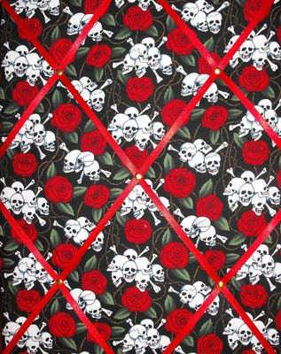 Medium Skull & Crossbones Hand Crafted Fabric Notice / Memory / Pin / Memo