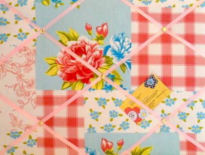 Medium Globaltex Patchwork Hand Crafted Fabric Notice / Memory / Pin / Memo