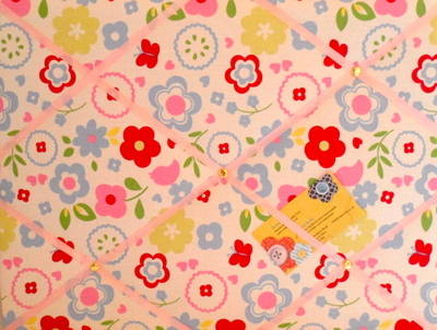 Medium Clarke & Clarke Retro Floral Chintz Hand Crafted Fabric Notice / Pin