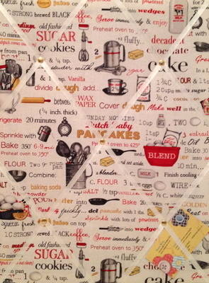 Medium Robert Kaufman Kiss the Cook Recipe Ingredients Hand Crafted Fabric