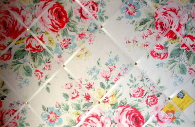 Large 60x40cm Cath Kidston Hampstead Rose Hand Crafted Fabric Notice / Pin