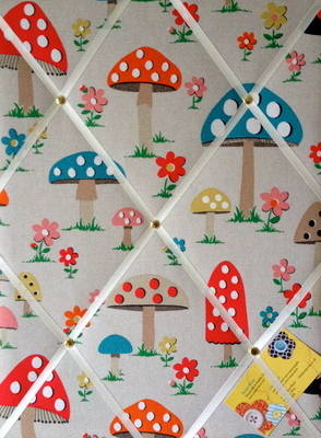 Medium 40x30cm Cath Kidston Mushroom Hand Crafted Fabric Notice / Pin / Mem