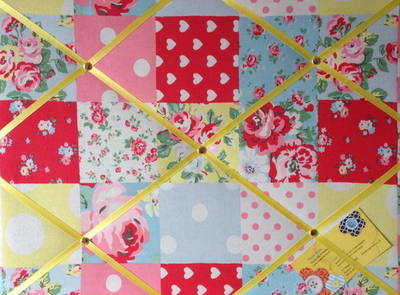 Medium 40x30cm Cath Kidston Patchwork Hand Crafted Fabric Notice / Pin / Me