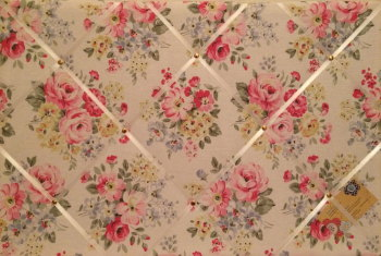Large 60x40cm Cath Kidston White Spring Bouquet Hand Crafted Fabric Notice / Pin / Memo / Memory Board