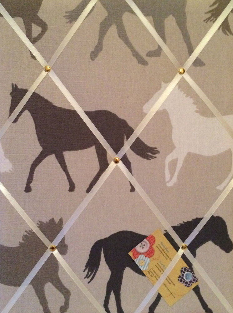 Medium 40x30cm Clarke & Clarke Horse / Horses Stampede Crafted Fabric Notic