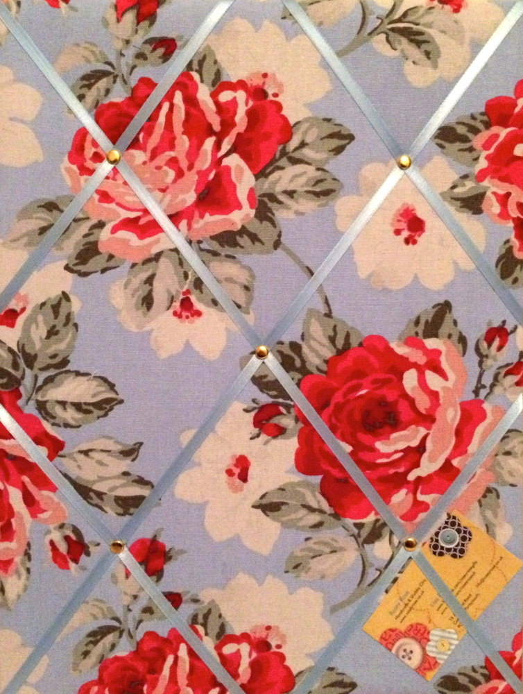 Medium 40x30cm Cath Kidston New Rose Bloom Hand Crafted Fabric Notice / Pin