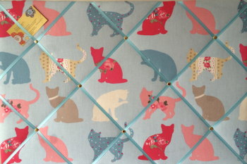 Large 60x40cm Clarke & Clarke Felix Cat Sky Blue Hand Crafted Fabric Notice / Memory / Pin / Memo Board
