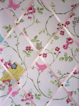Medium 40x30cm Clarke & Clarke Rose Bird Trail Crafted Fabric Notice / Pin / Memo / Memory Board