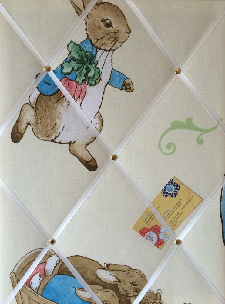 Medium 40x30cm Beatrix Potter Peter Rabbit Crafted Fabric Notice / Pin / Me