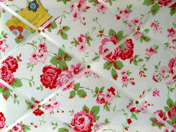 Medium 40x30cm Cath Kidston / IKEA White Rosali Rose Hand Crafted Fabric Notice / Pin / Memo / Memory Board
