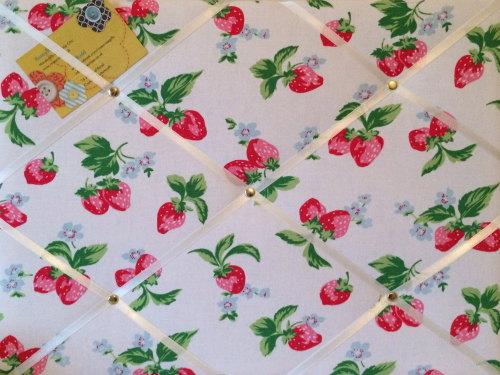 Medium 40x30cm Cath Kidston White Strawberry Hand Crafted Fabric Notice / P