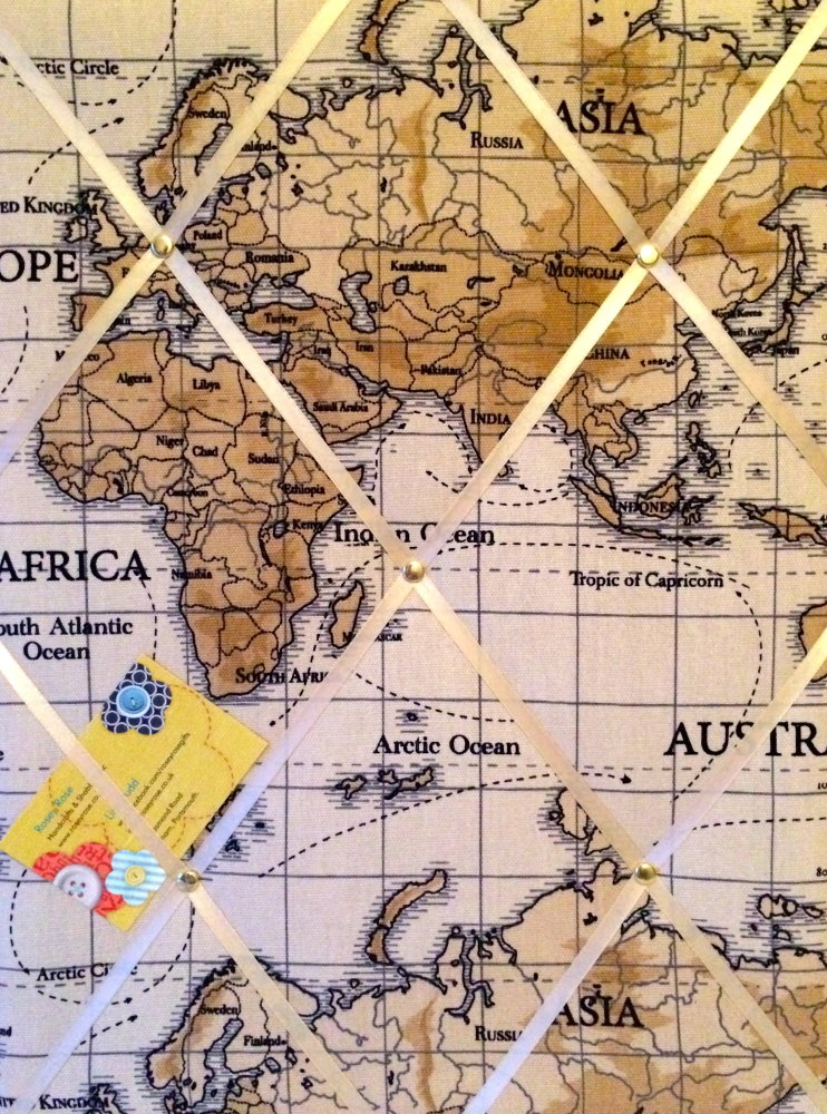 Medium 40x30cm Fryetts Atlas World Map Vinatge Nautical Crafted Fabric Noti