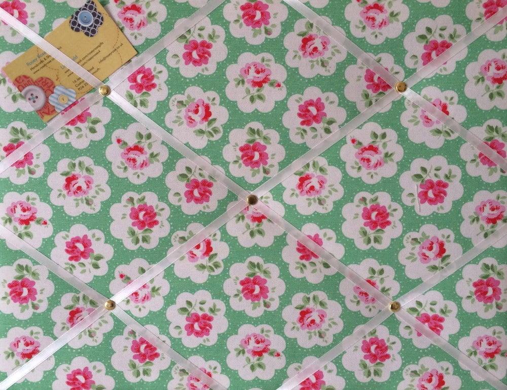 Medium 40x30cm Cath Kidston Green Provence Rose Hand Crafted Fabric Notice