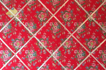 Extra Large 90x60cm Cath Kidston Red Folk Flowers Fabric Notice / Pin / Memo / Memory Board