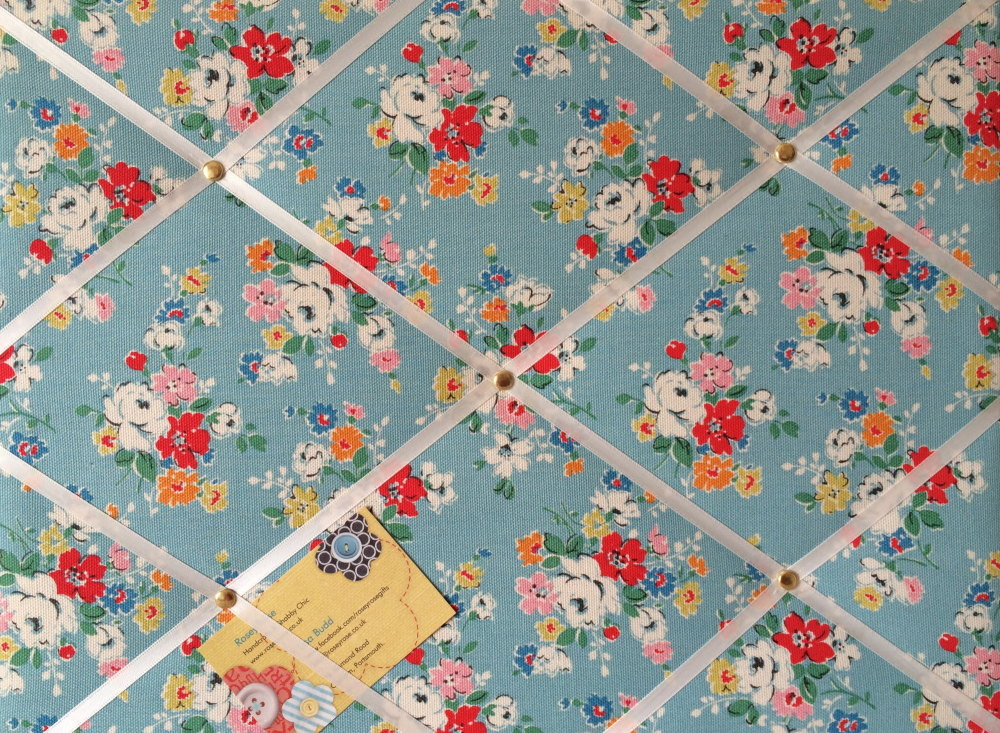Medium 40x30cm Cath Kidston Big Clifton Rose Hand Crafted Fabric Notice / P
