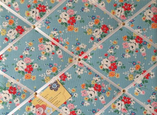 Medium 40x30cm Cath Kidston Big Clifton Rose Hand Crafted Fabric Notice / P