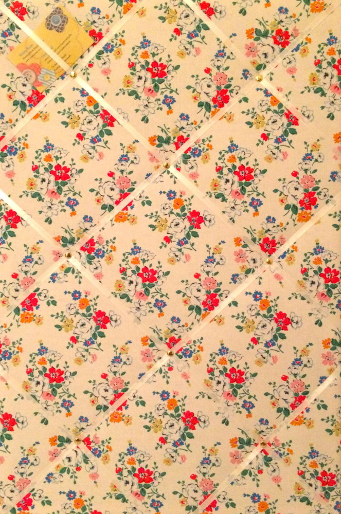 Large 60x40cm Cath Kidston White Clifton Rose Hand Crafted Fabric Notice /