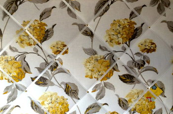 Extra Large 90x60cm Laura Ashley Hydrangea Camomile Floral Linen Hand Crafted Fabric Notice / Pin / Memo / Memory Board