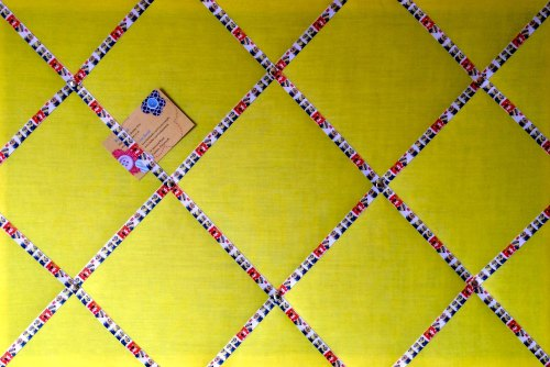 Large 60x40cm Yellow Minions Ribbon Hand Crafted Fabric Notice / Memory / P